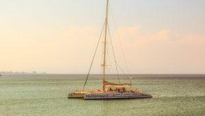 Parcourez le monde à bord d'un bateau luxueux